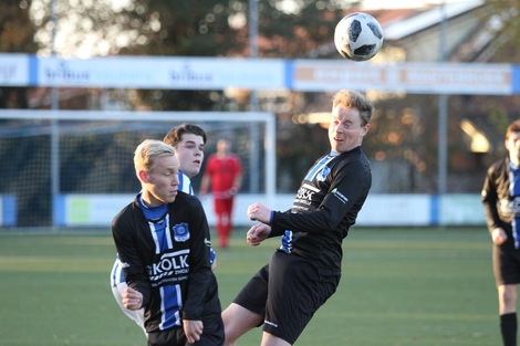 wvf voetbal westenholte 15 84