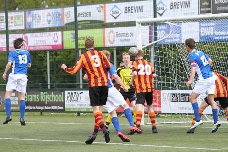 wvf voetbal westenholte 28 85